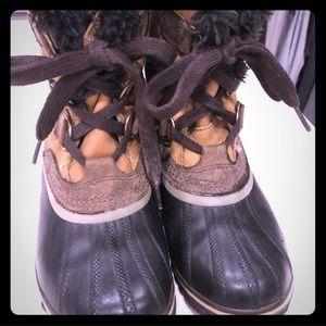Sorel slimpack ll snow booties size 8